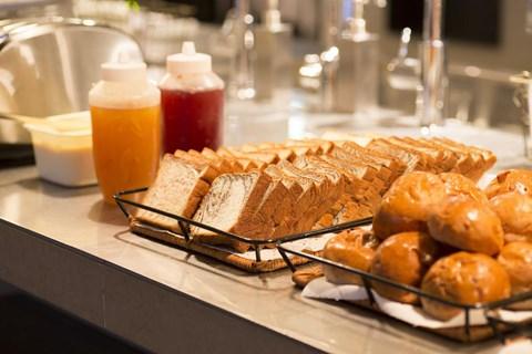 Piece Hostel 早餐