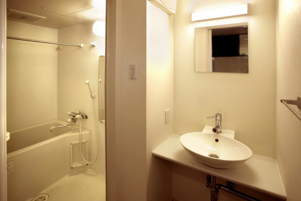 CMM京都站前旅館浴室